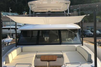 Location Yacht Azimut Magellano 66 Antibes