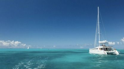 Charter Catamaran Lagoon 400 Saint Vincent and the Grenadines