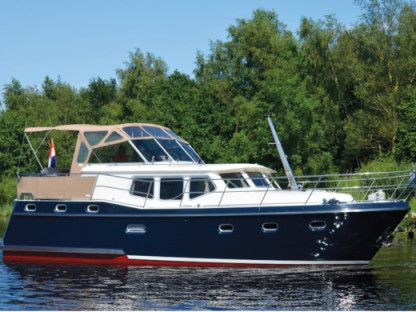 Charter Motorboat  Advantage 38 (6) Brandenburg
