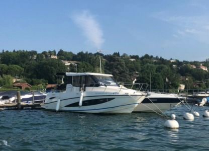 Charter Motorboat Quicksilver Activ 855 Weekend Geneva
