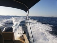 Motorboat Jeanneau Cap Camarat 750 for hire