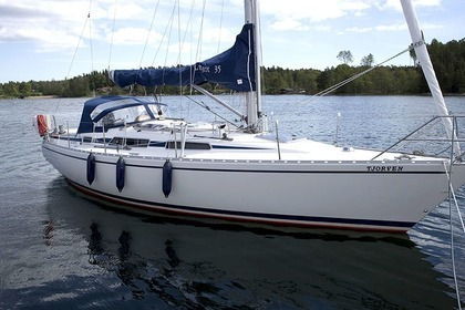 Hire Sailboat Linjett 35 Norrtälje