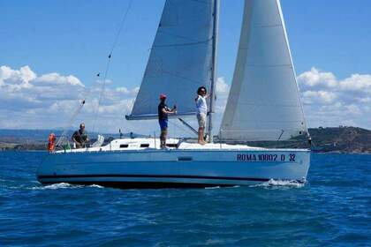 Hire Sailboat Beneteau Oceanis 323 Clipper Talamone