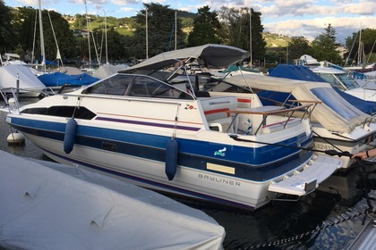 Charter Motorboat Bayliner 2450 Lutry