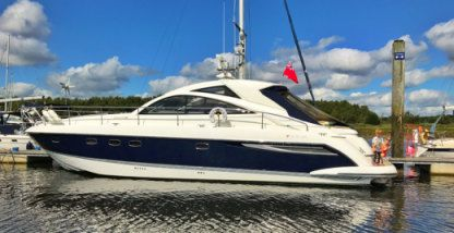 Rental Motorboat Fairline 47 Targa Portsmouth