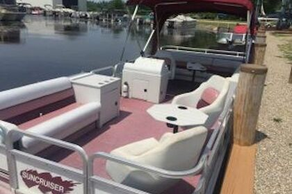 Rental Motorboat Suncruiser Flamingo Pontoon boat Fremont