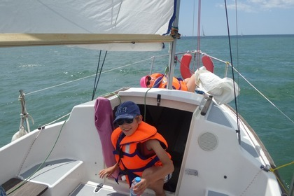 Hire Sailboat Beneteau California La Rochelle