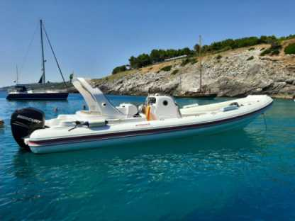 Charter Motorboat Italboats Stingher 32 Anniversary Otranto