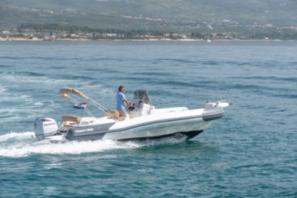 Rental RIB Marlin 790 Trogir
