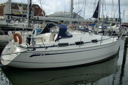 Rental Sailboat Bavaria  Bavaria 30 Rabac