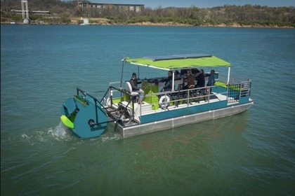 Aluguel Lancha Cycle Boats Catamaran Pedal-Powered Party Boat Lake Norman of Catawba