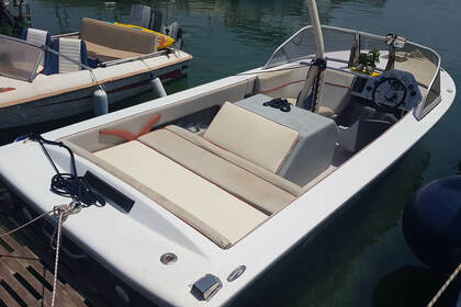 Hire Motorboat Craft Speedboat Aegina