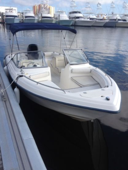 Rental Motorboat Dual Console 21 Riviera Beach