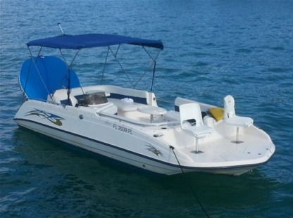 Charter Motorboat Sundeck 22 Miami