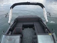 Mastercraft Nxt 22 in Lutry