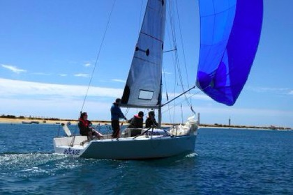 Hire Sailboat Classic Sailboat Faro