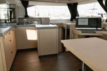 Hire Catamaran Fountaine Pajot Astréa 42 Ibiza