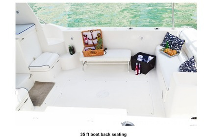 Rental Motorboat Gulf Craft 35 Dubai