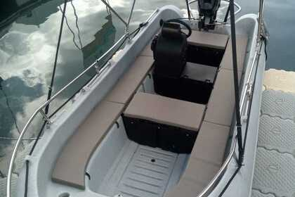 Location Bateau à moteur Whaly boats WHALY 435 Le Marin