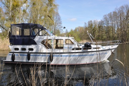 Hire Houseboat Pedro Skiron 35
