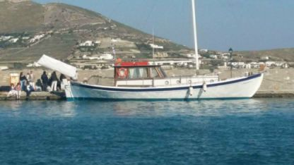 Rental Sailboat Traditional Cycladic Sailing Boat Mykonos