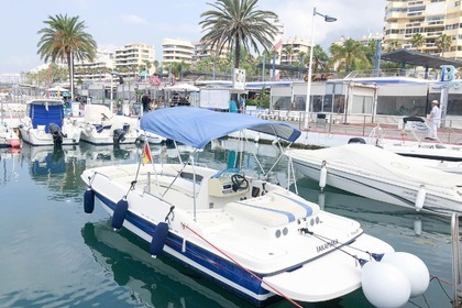 Rental Motorboat BAYLINER 197SD Marbella