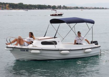 Charter Motorboat Adria 500 Vodice