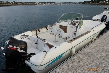Hire Motorboat Jeanneau Cap Camarat 625 Saint-Philibert