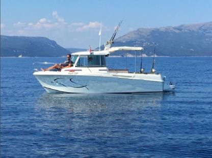 Rental Motorboat Merry Fisher 655 Opatija