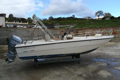 Rental Motorboat CAPELLI Open 600 Patti
