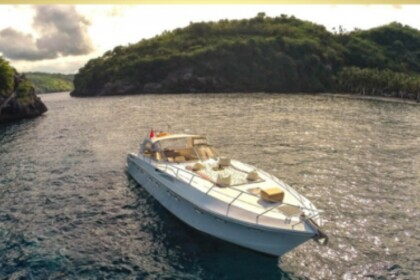 Hire Motorboat Rizzardi Top Line 50 Bali