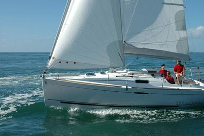 Rental Sailboat BENETEAU FIRST 25.7 Punat
