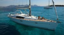 Sailboat Beneteau Oceanis 50 Family