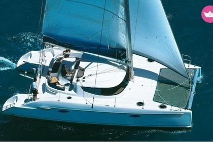 Rental Catamaran FOUNTAINE PAJOT LAVEZZI 40 Sliema