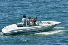 Motorboat Wellcraft Excel 19Ssx for hire