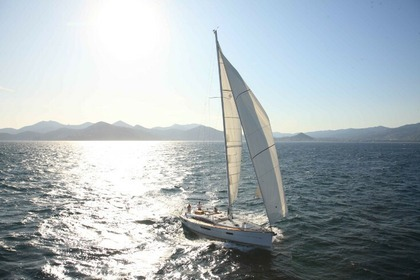 Hire Sailboat Jeanneau Jeanneau 57 Split