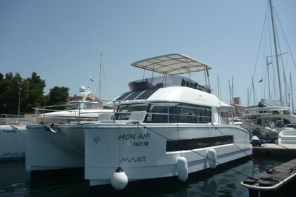 Verhuur Catamaran Fountaine Pajot  MY 37 Šibenik