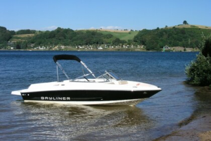Rental Motorboat Bayliner 175 GT Messery