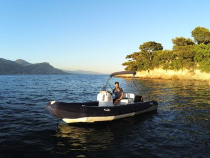 Rental RIB Zodiac Medline 500 Beaulieu-sur-Mer