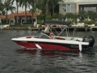 Rinker Qx18 in Fort Lauderdale for rental