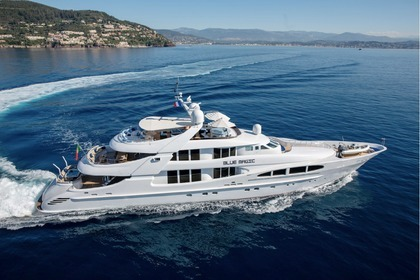 Location Yacht Heesen 47 Cannes