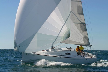 Location Voilier Beneteau First 27.7 Saint-Malo