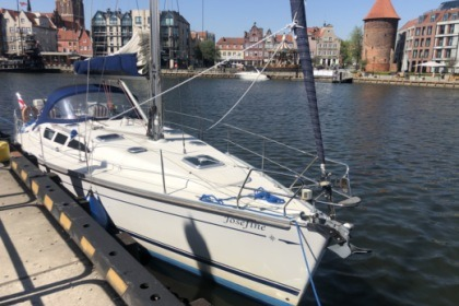 Hire Sailboat Jeanneau Sun Odyssey 40.3 Puck