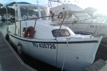 Hire Motorboat Bourbon réunion Canot Breton Le Port