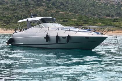 Hire Motorboat Chris Craft 340 Crown Anavyssos