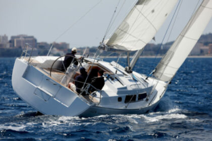 Rental Sailboat Hanse Hanse 350 Bar