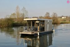 Custom Houseboat Thames Edition in Wallingford