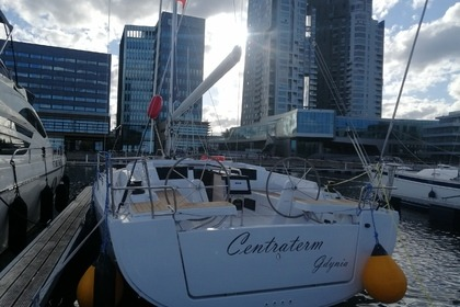 Rental Sailboat Hanse Hanse 418 Gdynia