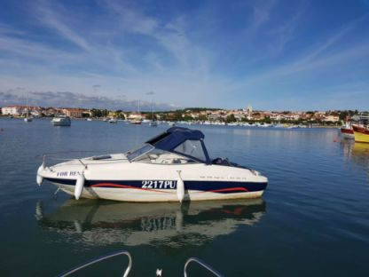 Rental Motorboat Bayliner 212 Medulin