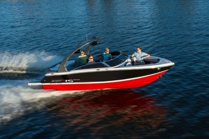 Hire Motorboat CLASS E+ – FOUR WINNS 210 WITH TOWER South Lake Tahoe